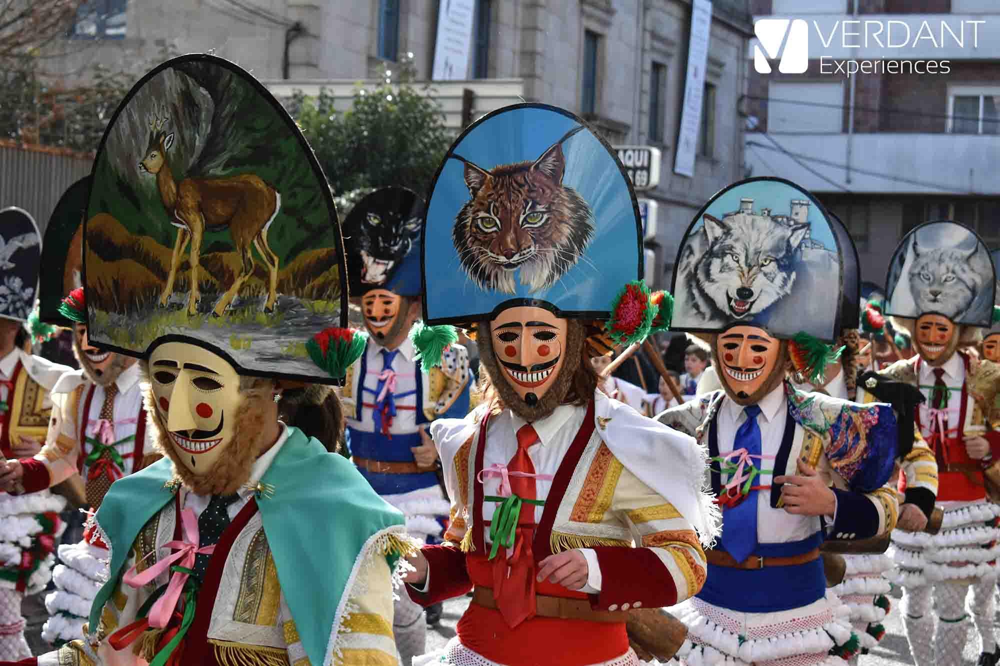 """O Entroido (El Carnaval), entre """"Cigarrones"""" y """"Pantallas"""""""